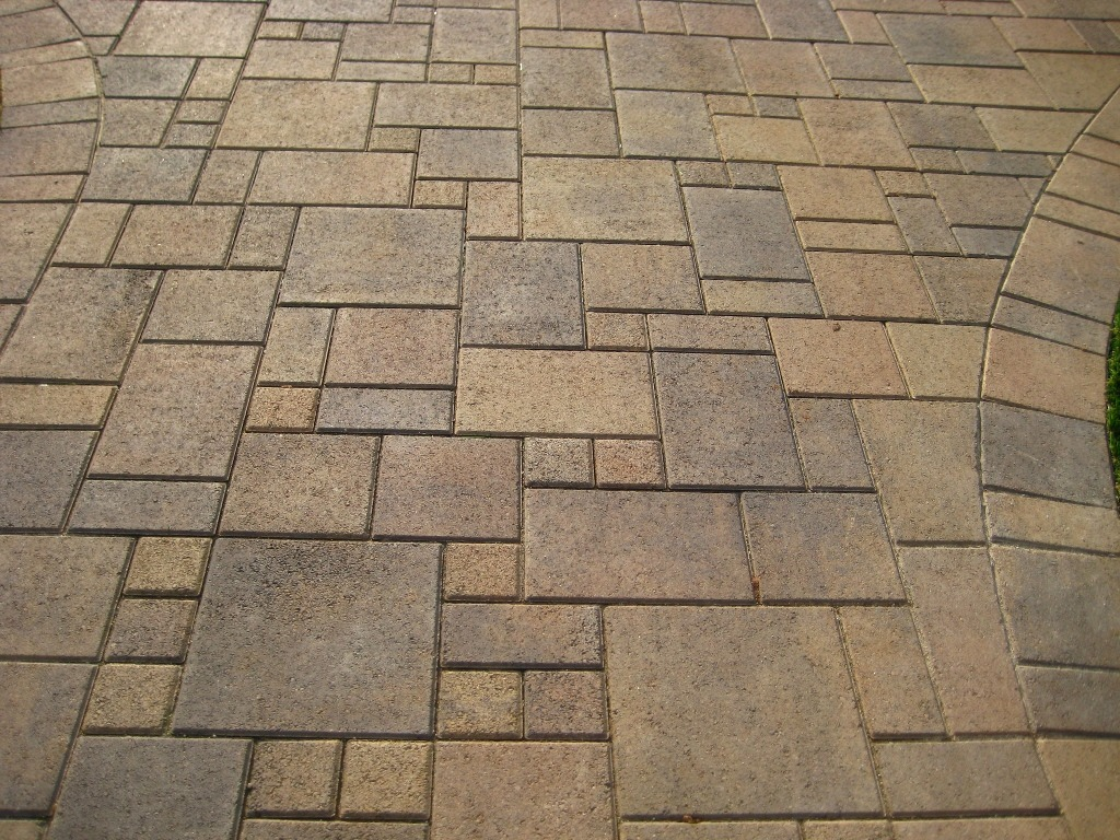 Variety Of Paver Stones Ashlar Laying Pattern