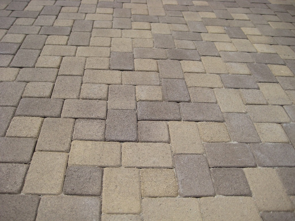 antique cobble random i paver laying pattern - Patio Paver Design Ideas