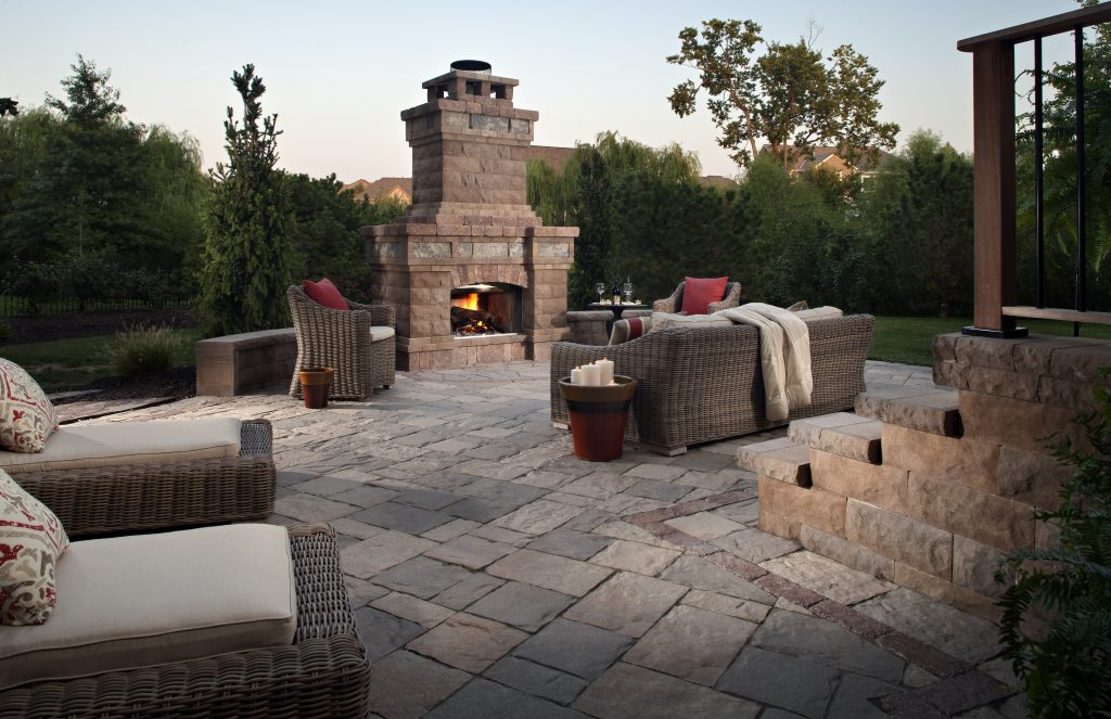 Outdoor Fireplace cost of outdoor fireplace : Outdoor Fire Pit vs Fireplace Comparison Guide | INSTALL-IT-DIRECT