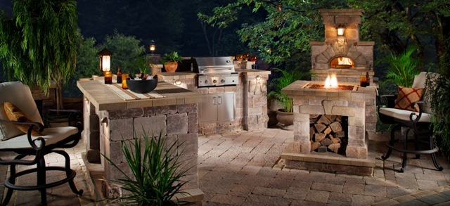 tips for keeping outdoor kitchen costs down - Patio Kitchen