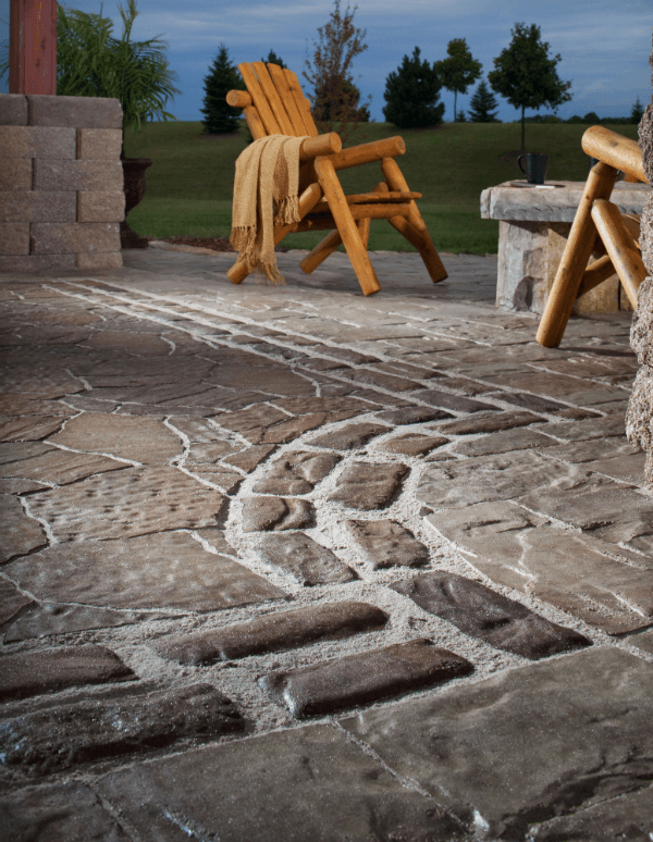 combining different textures - Paver Patio Design Ideas
