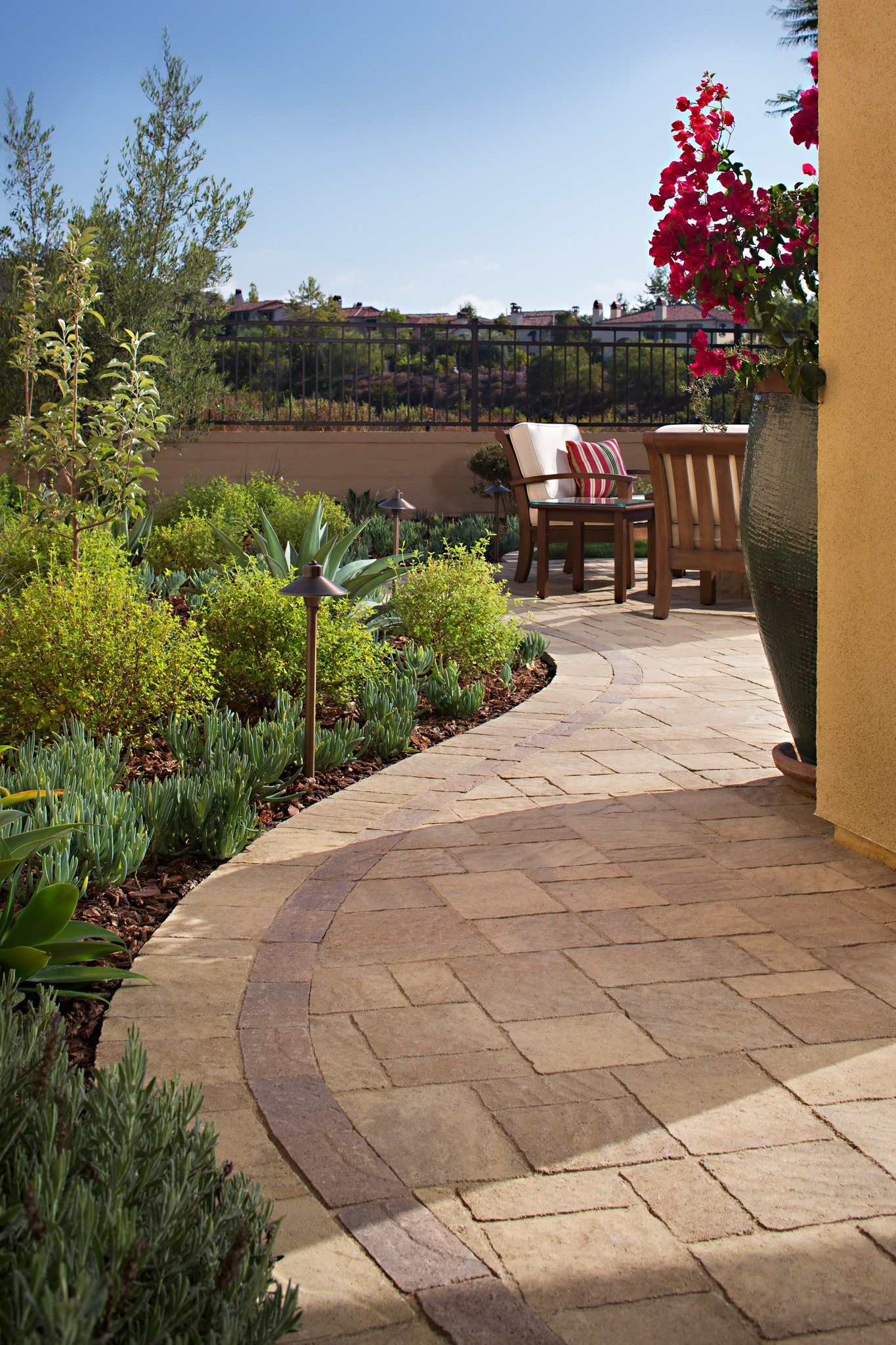Pavers san diego ca artificial grass install it direct for Paved front garden designs