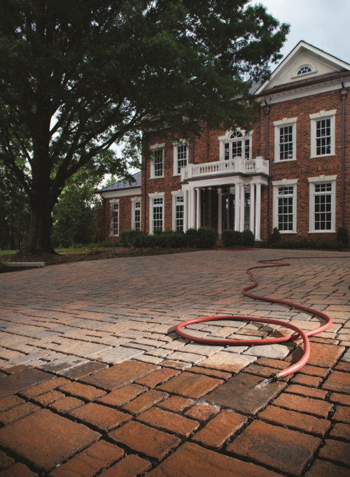 Low your water consumption with Permeable Pavers