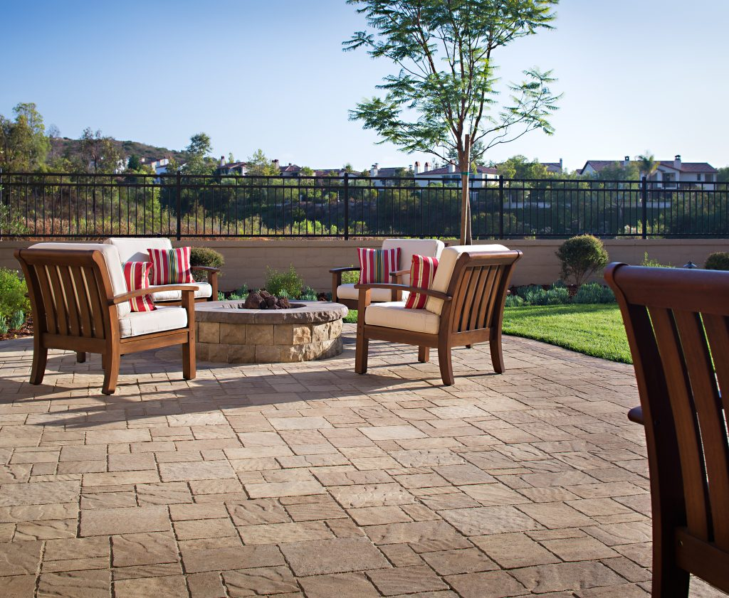 Eco-Friendly Outdoor Entertaining Tips: Reduce Energy and Water Consumption