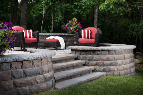 Landscaping Walls & Raised Patios Areas