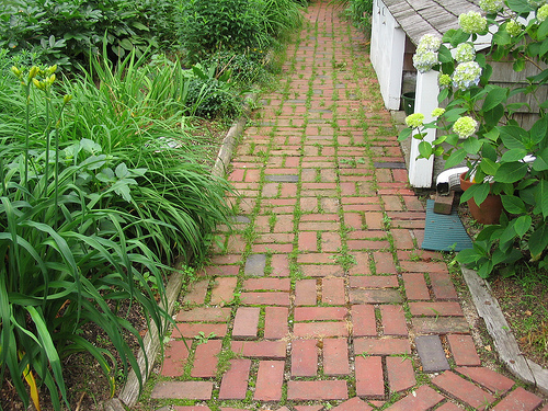 clay brick paver walkway - Paver Walkway Design Ideas