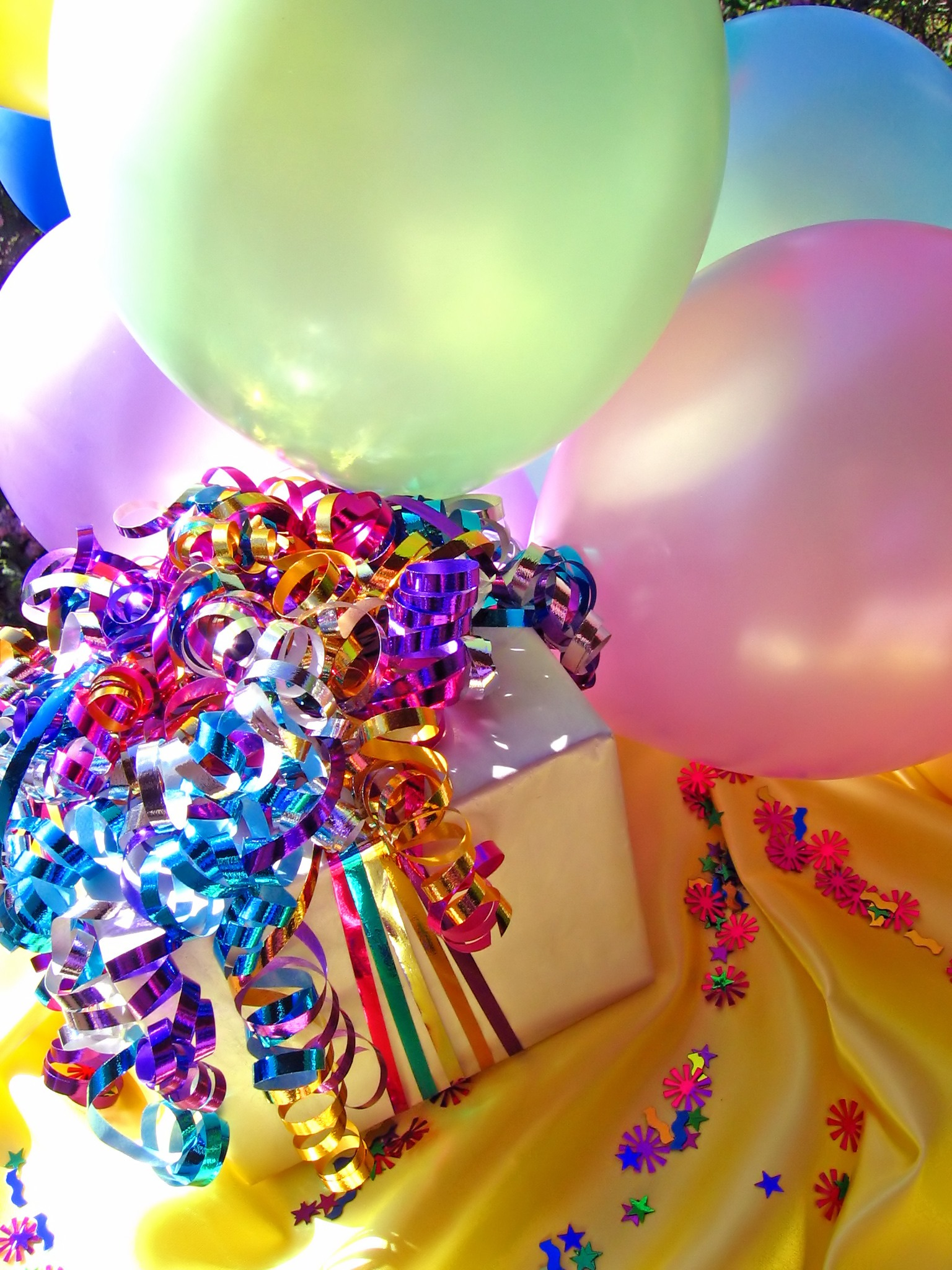 Backyard Theme Parties: Outdoor Party Ideas for Kids ...