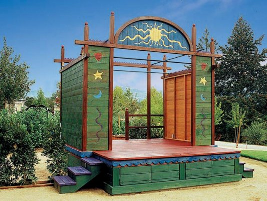 Kids Outdoor Play Features for Your Southern California Backyard