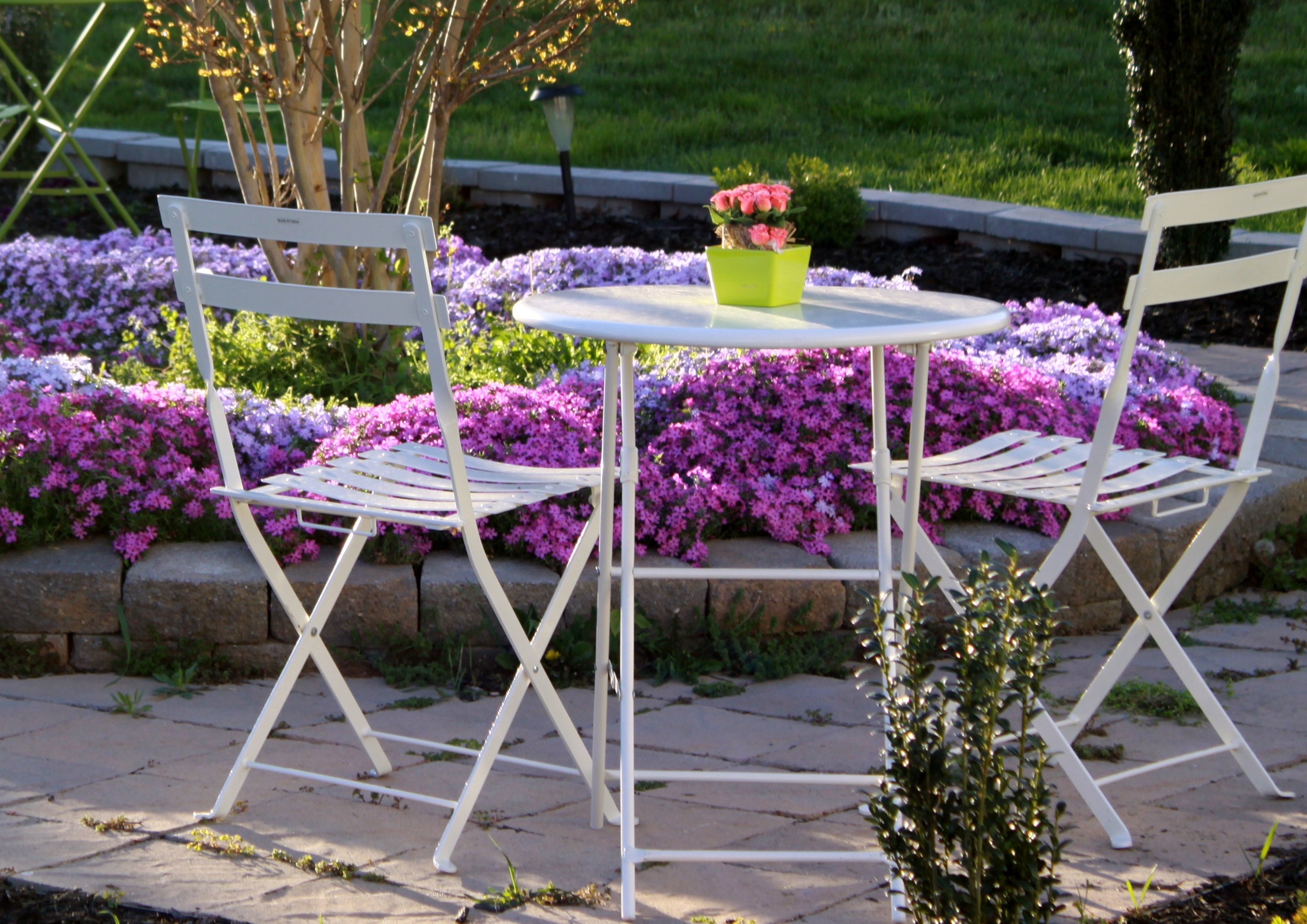10 Easy Attractive Ways to Increase Patio Seating