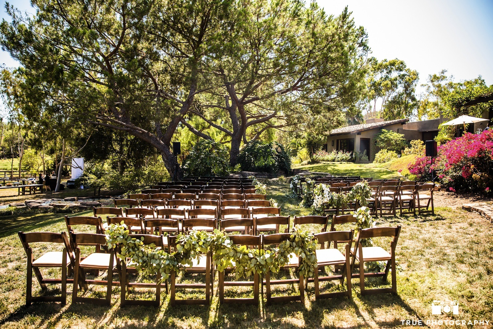Backyard Wedding Venues : Backyard Wedding Venues Guide Turning Your Property Into A Wedding