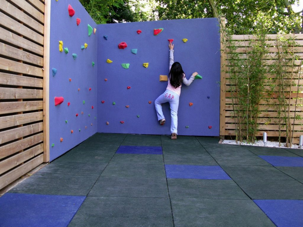 How to Create Unique Play Area for Kids: Climbing Wall