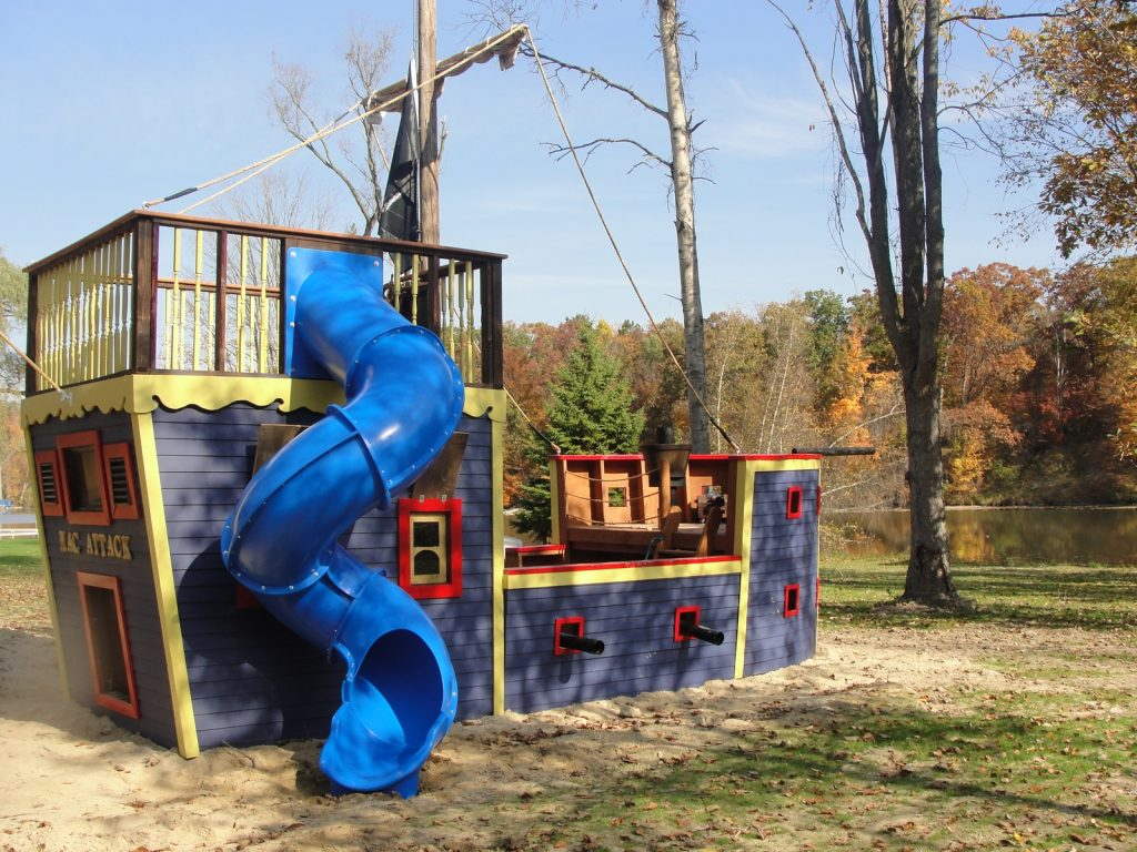 Pirate Ship Play House