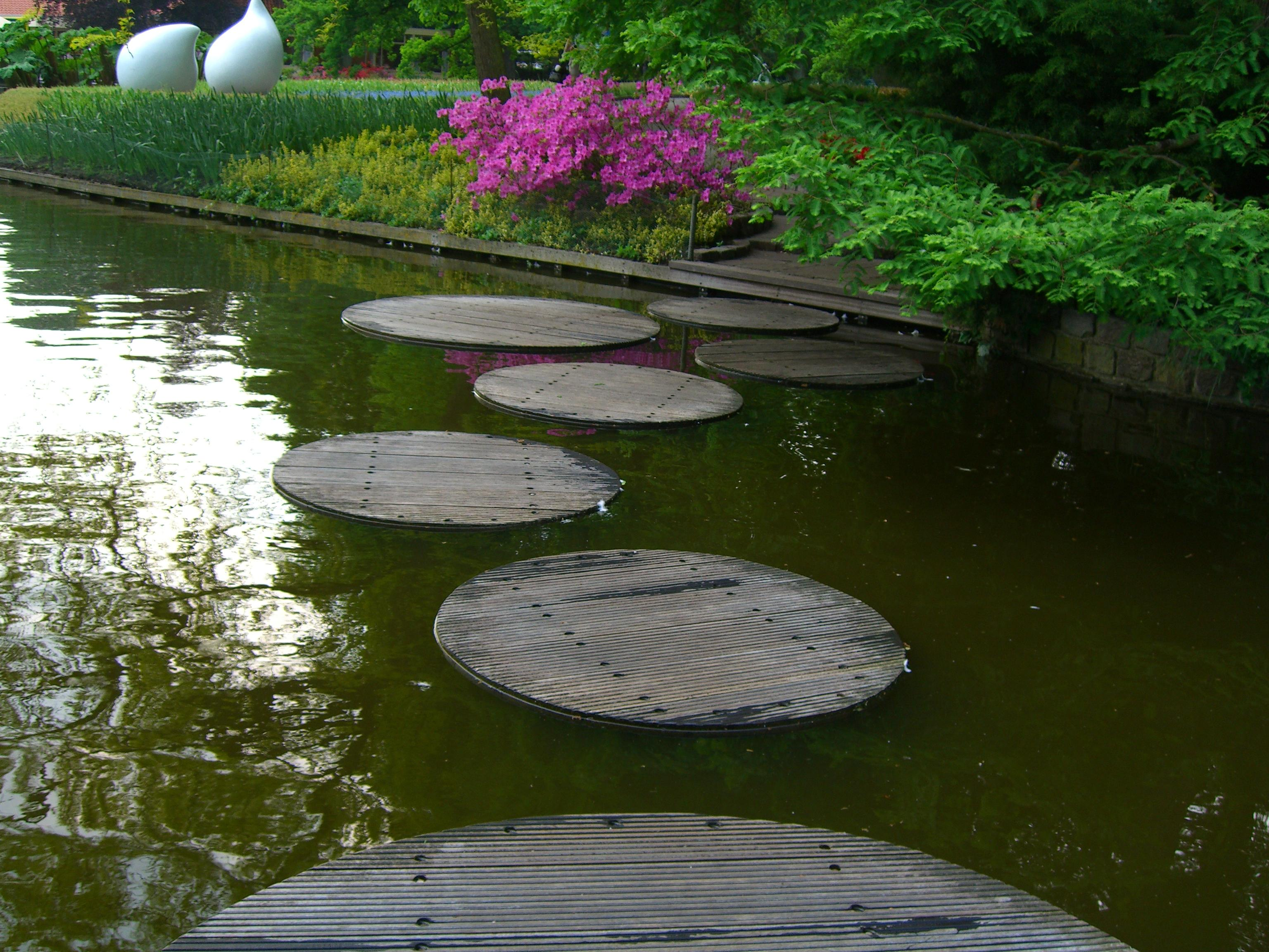 Walkway Ideas Part - 38: Stepping Stones Over Water