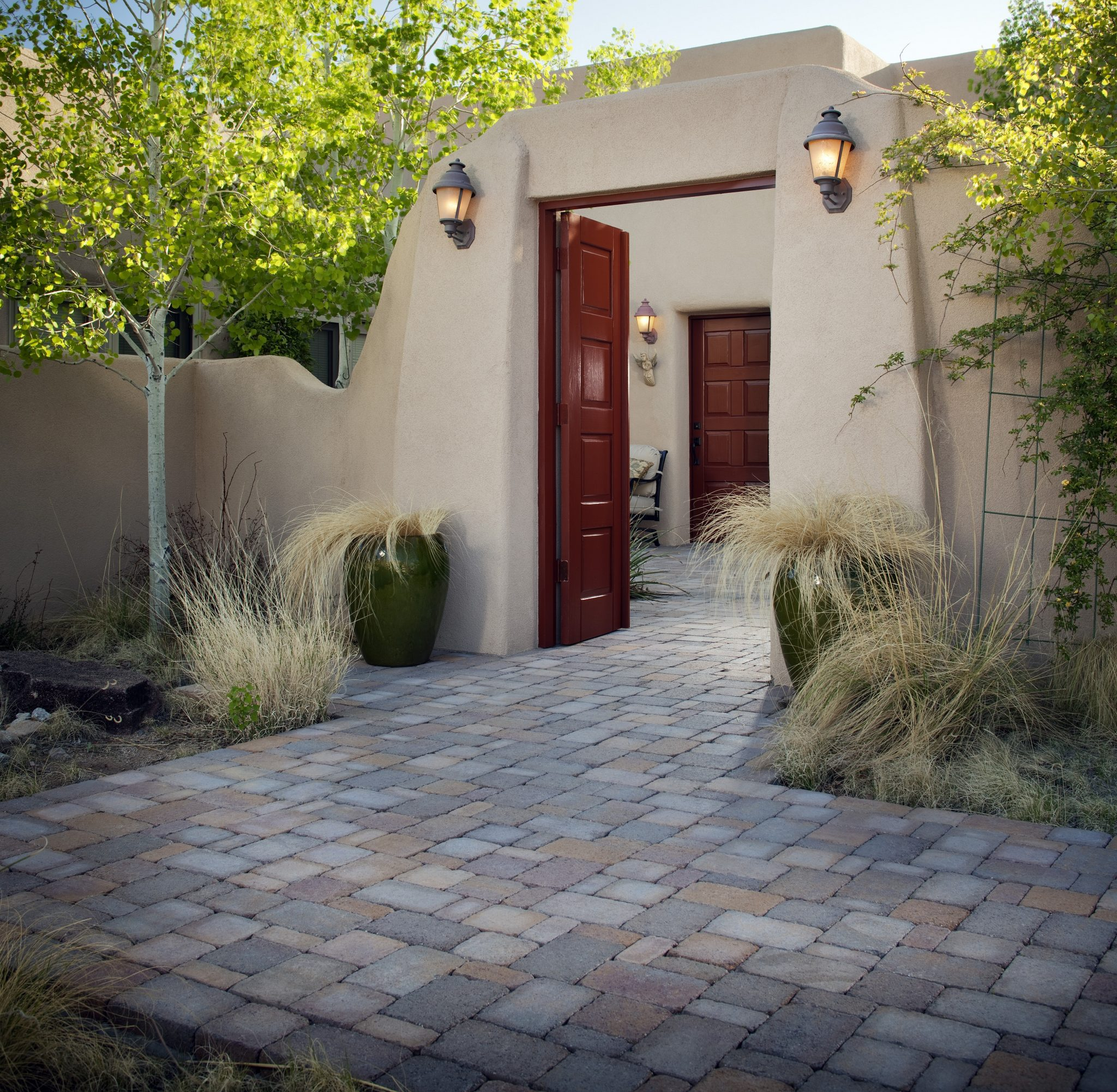 How to create or decorate a courtyard install it direct for Courtyard stone landscape
