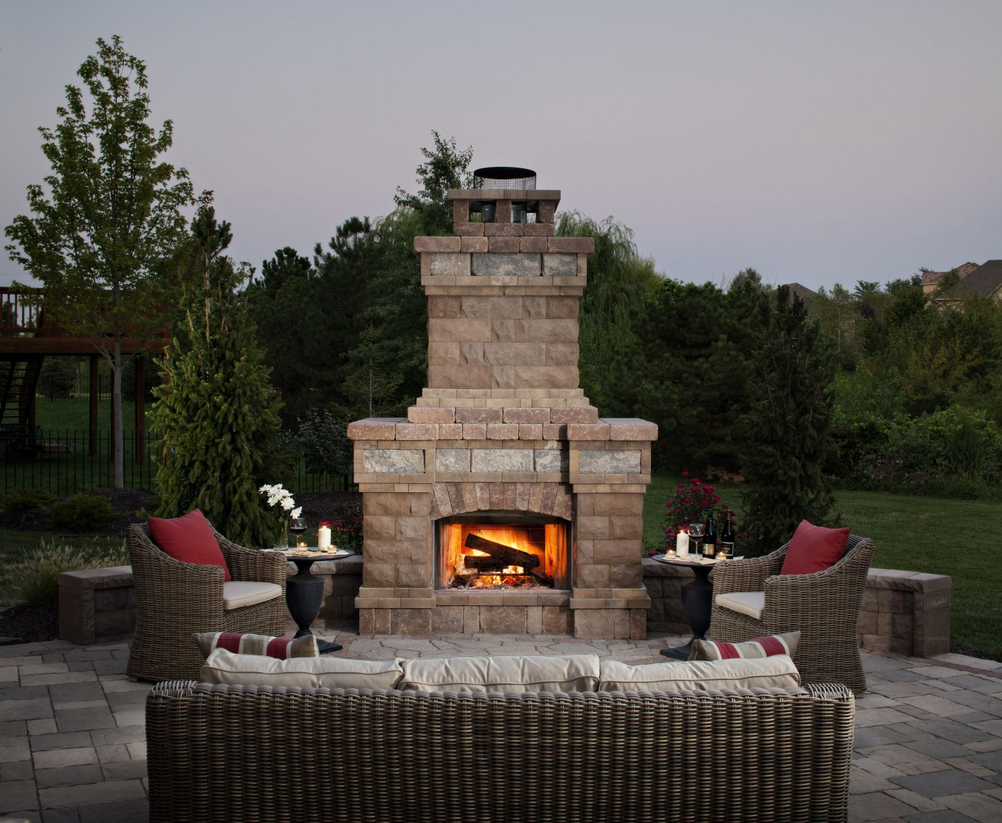 Outdoor Fireplace Living Area