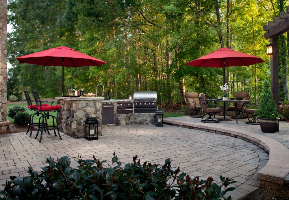 Paver outdoor kitchen island