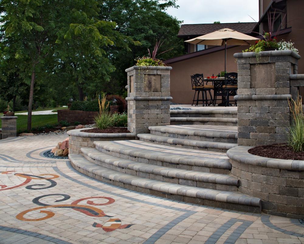 pattern on paver patio