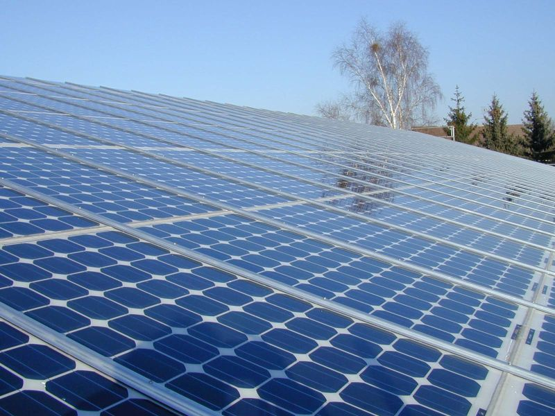 Lease or Buy Solar Panels: Pros + Cons