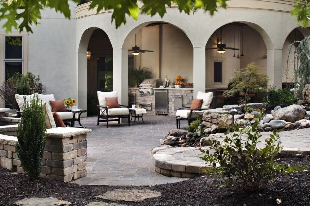 Outdoor Improvements That Increase Your Home's Value