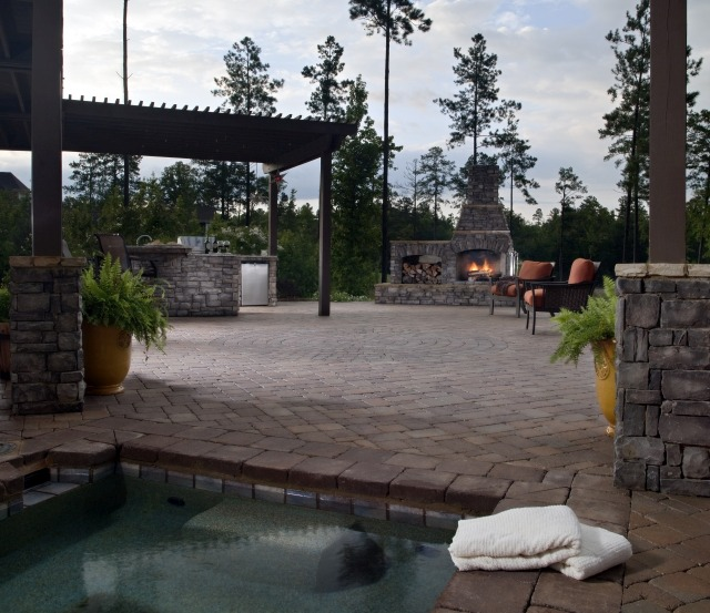 Outdoor Living Area with Paving Stones