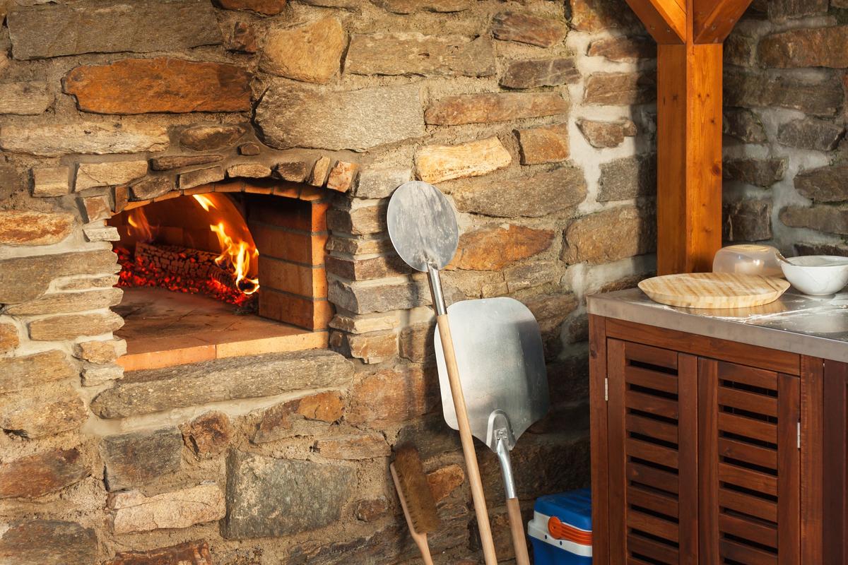 Outdoor Kitchen Design Ideas Pizza Oven
