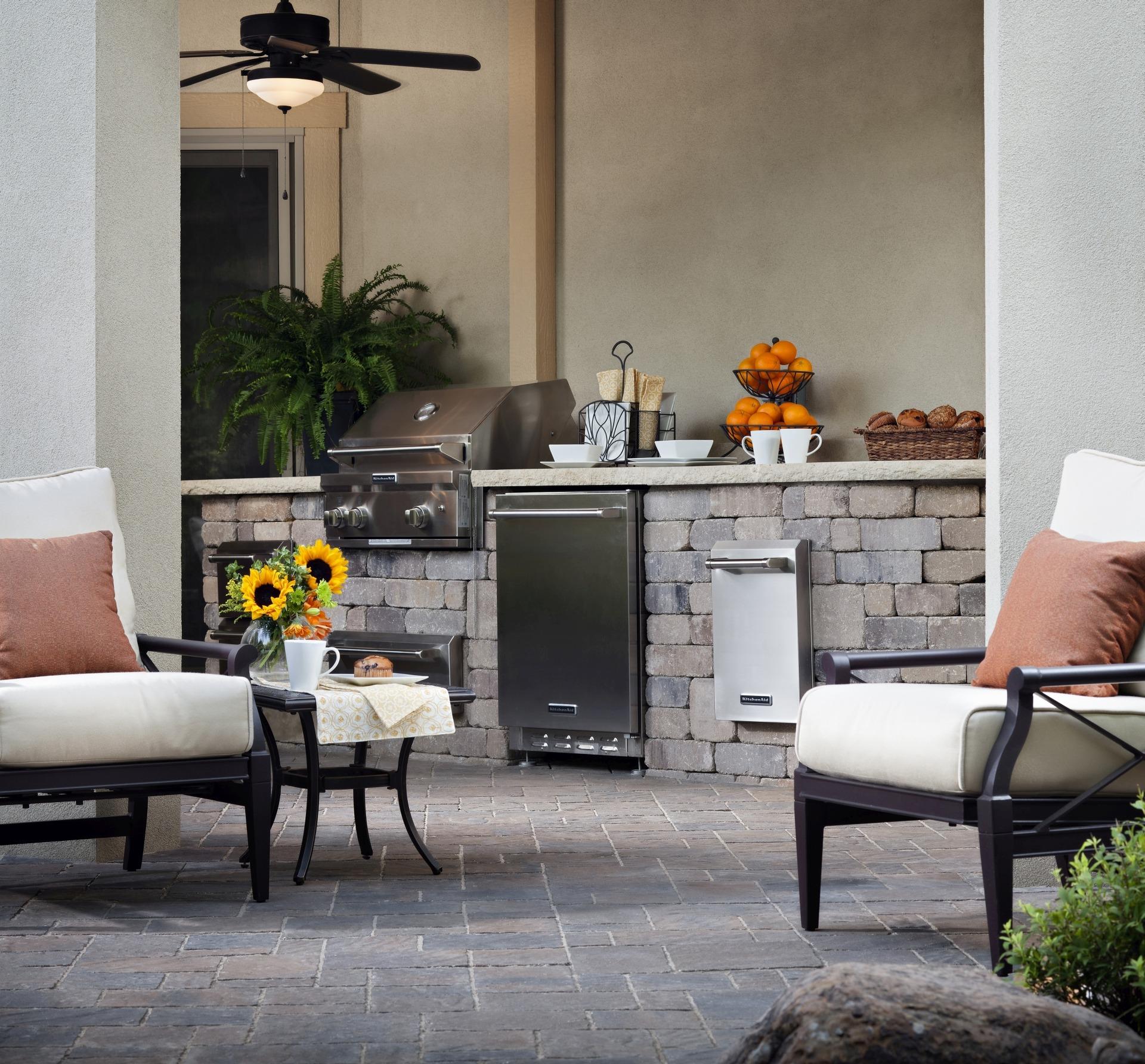 Paving Stone Outdoor Kitchen