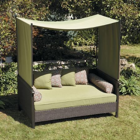 Outdoor Daybed from Walmart