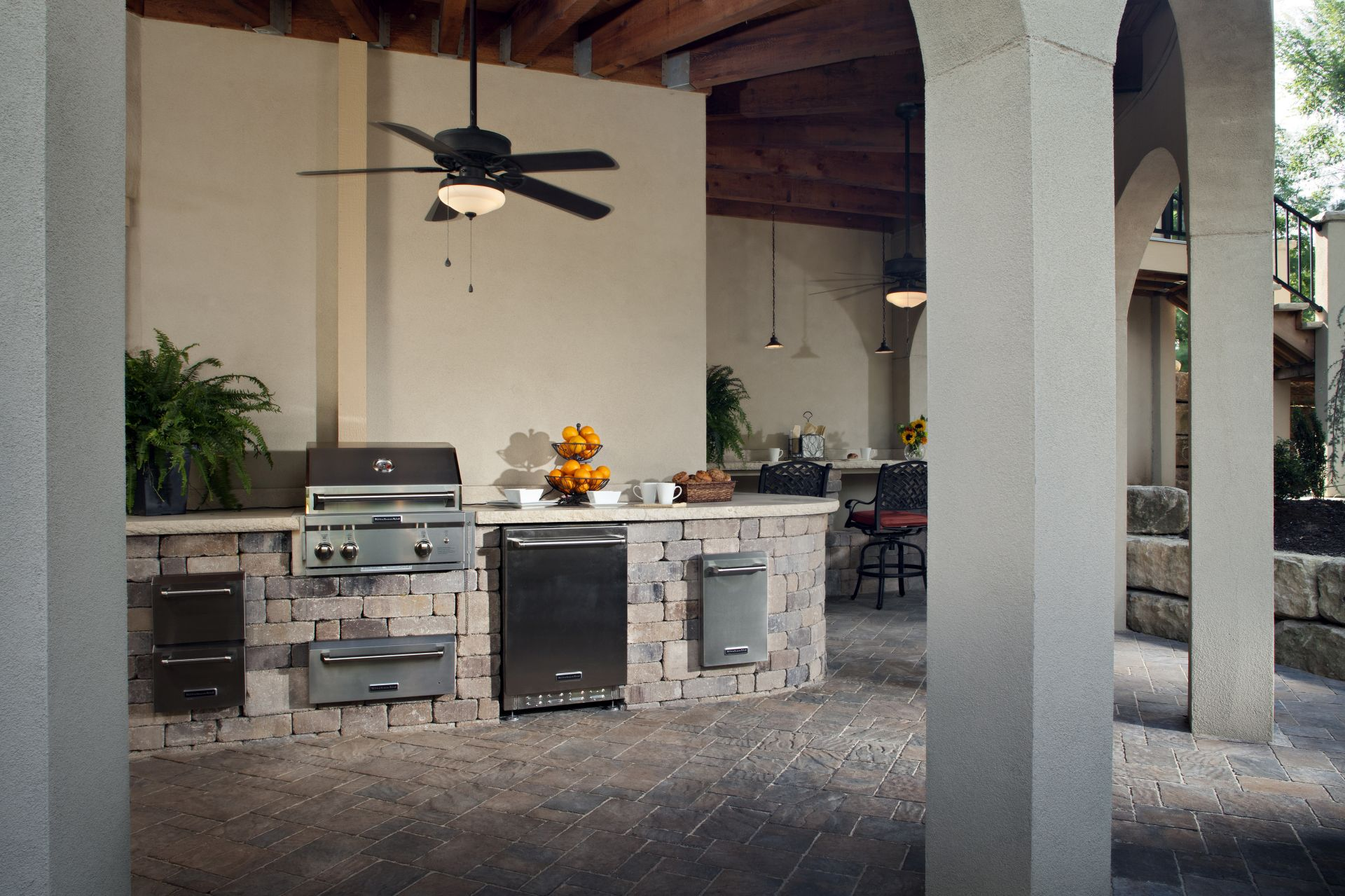 Outdoor Kitchens with Paving Stones