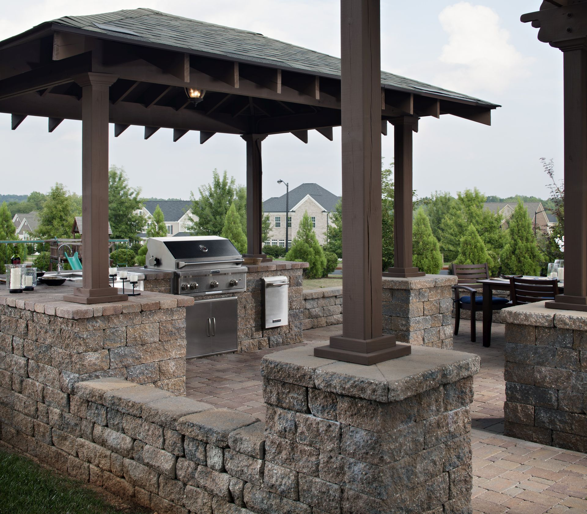 Paving Stone Outdoor Kitchen Countertops