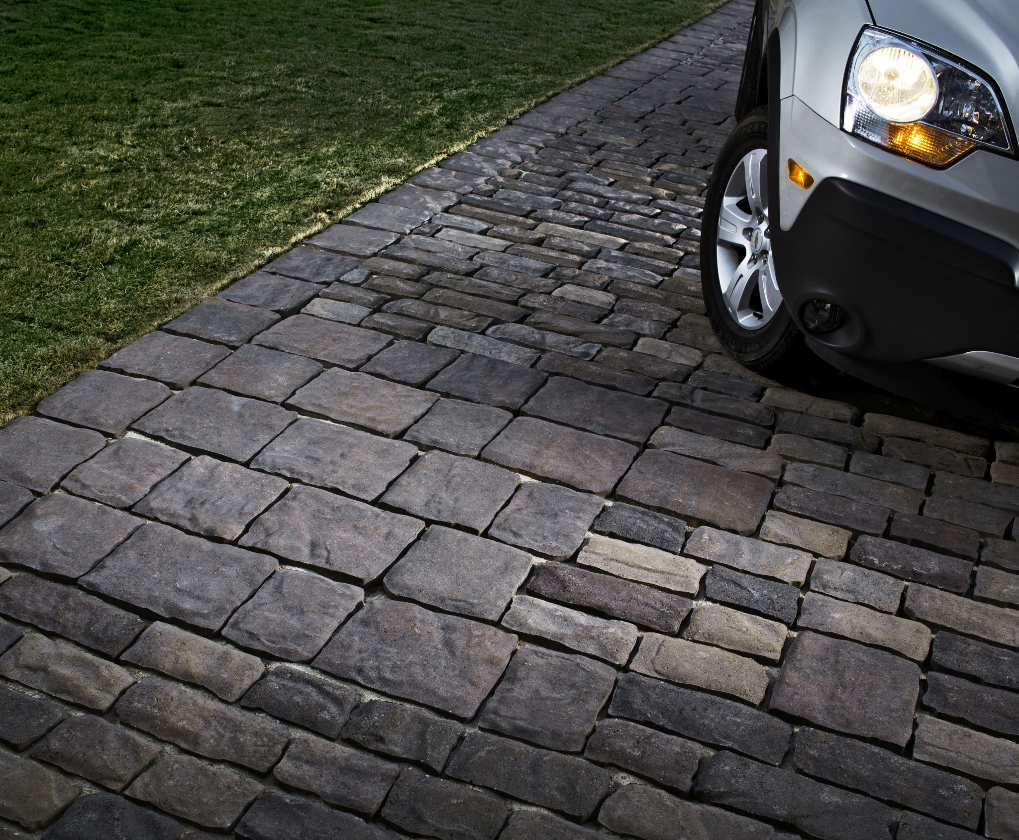 How to Remove Oil Stains from Concrete Pavers (Step-by-Step