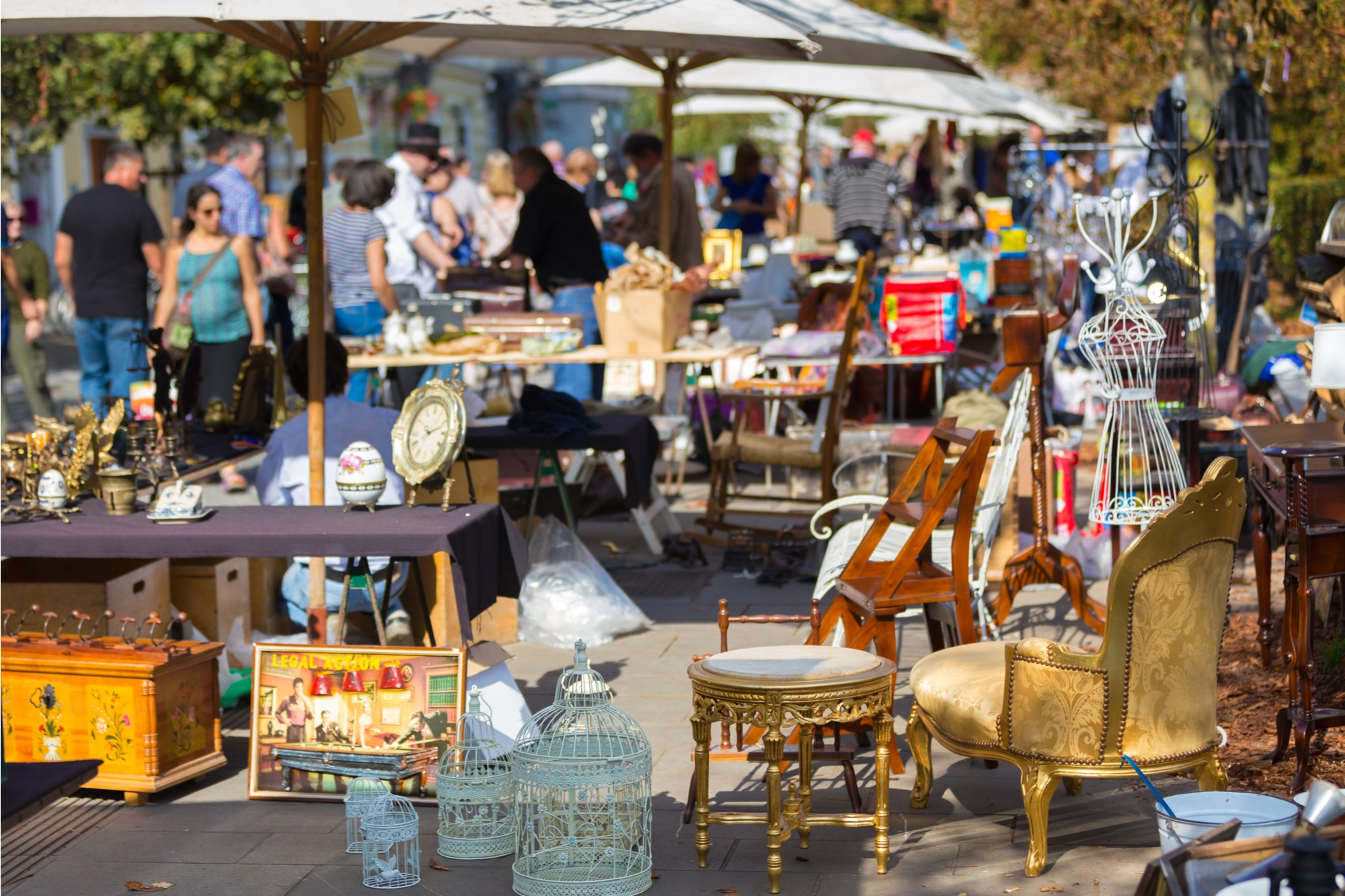 Flea Market Finds for Outdoor Living Areas