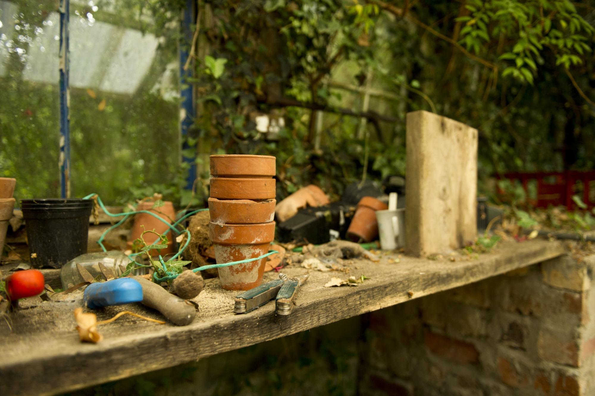backyard garden potting bench