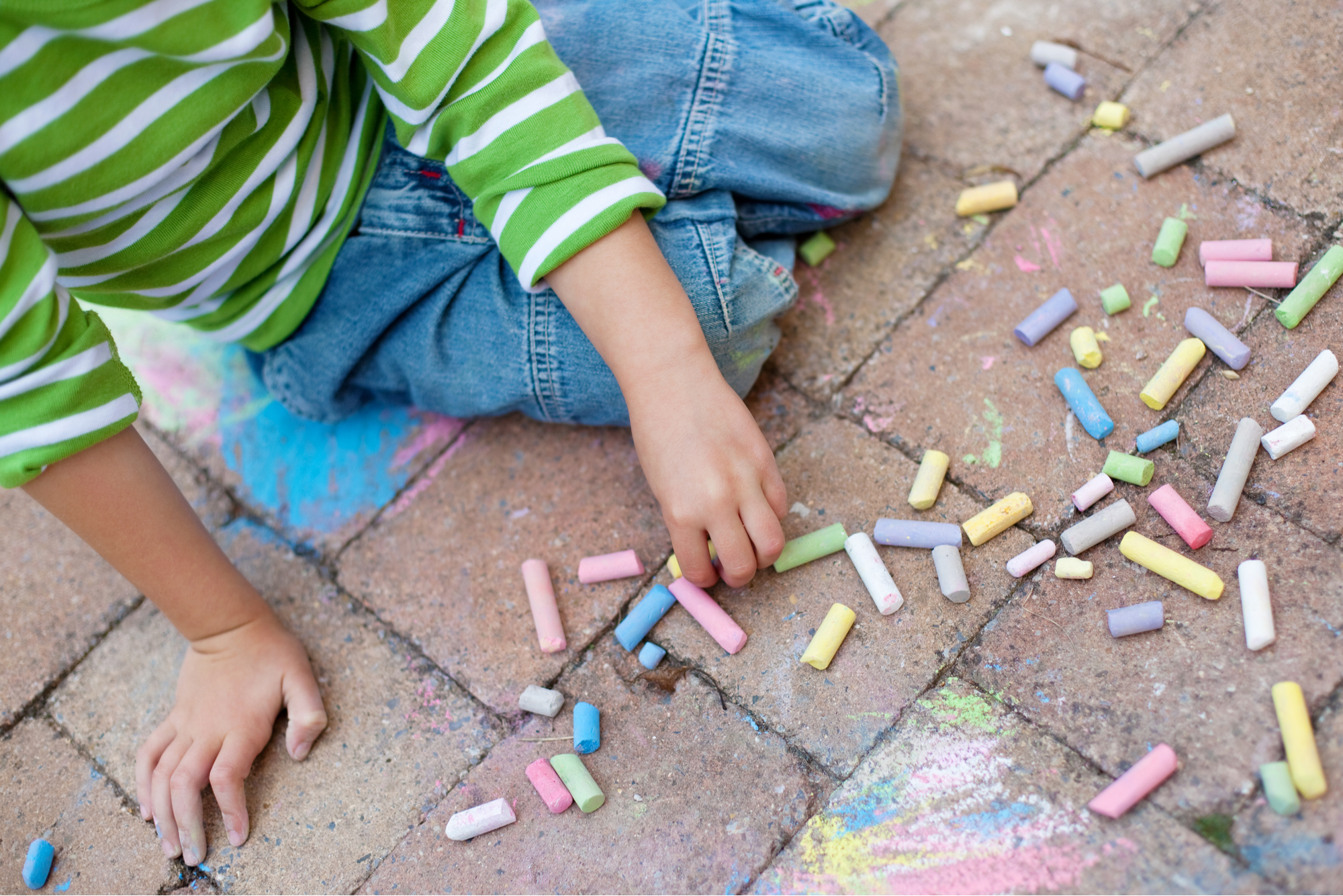 remove chalk crayon from pavers