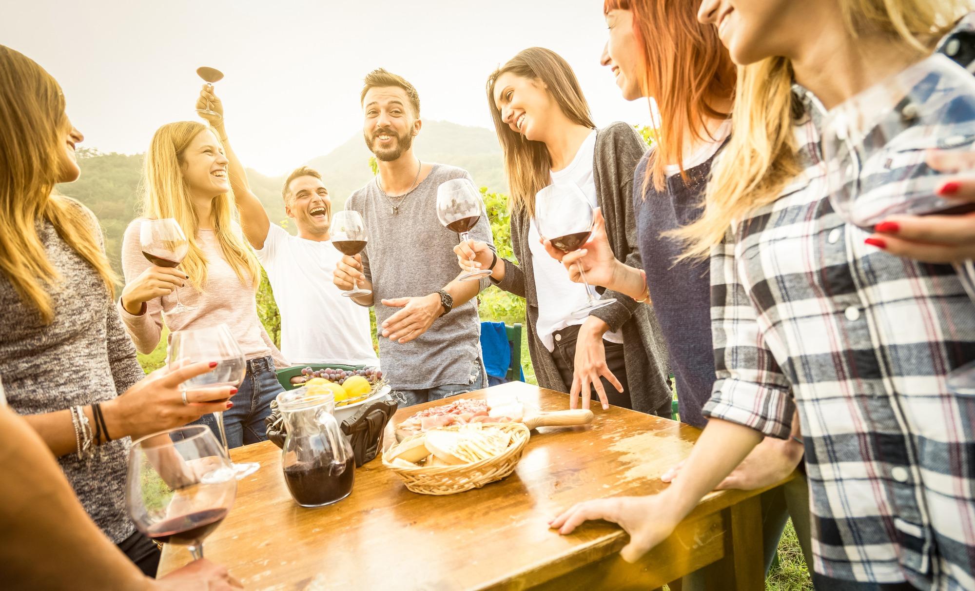 host wine tasting party