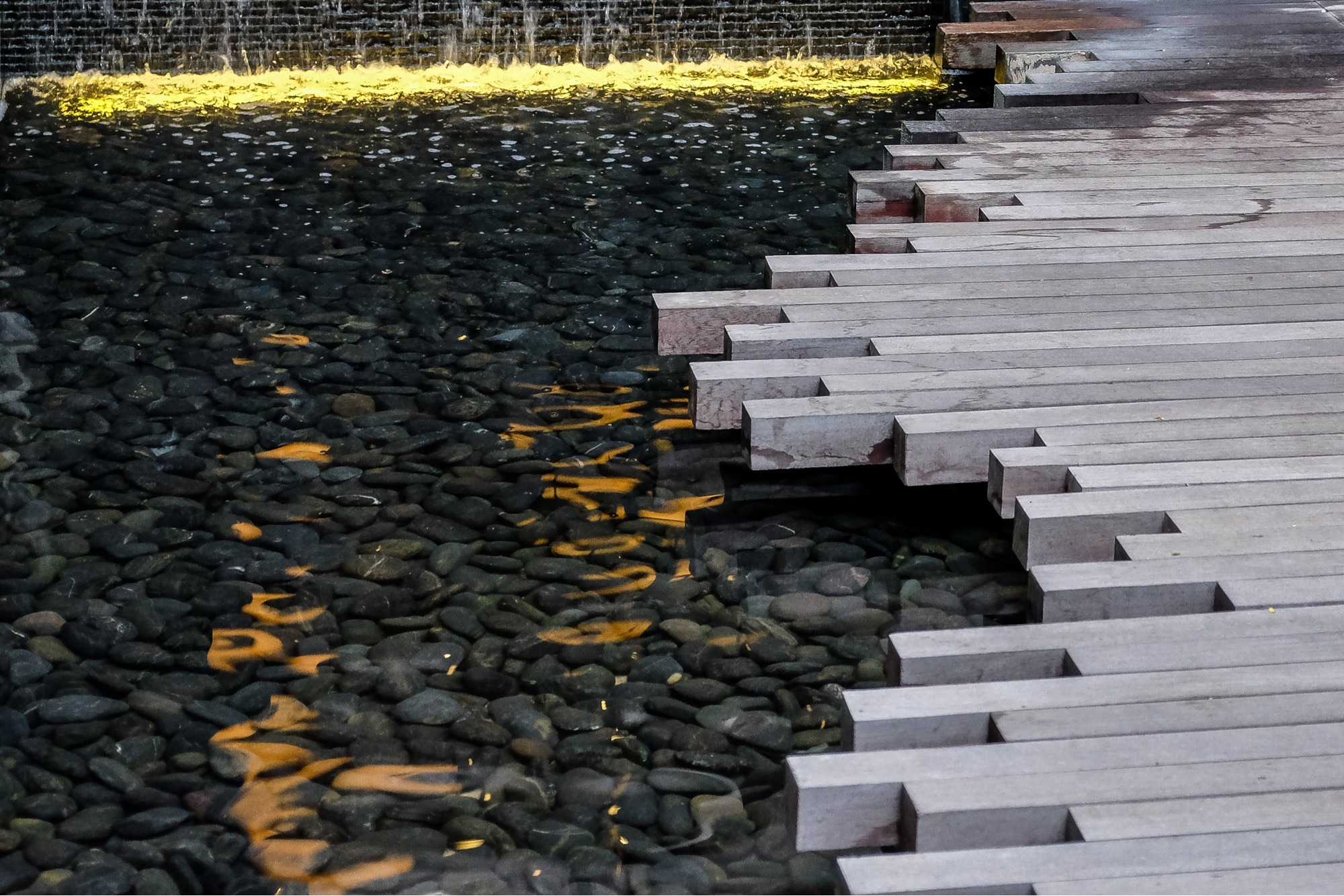 water feature lighting tips