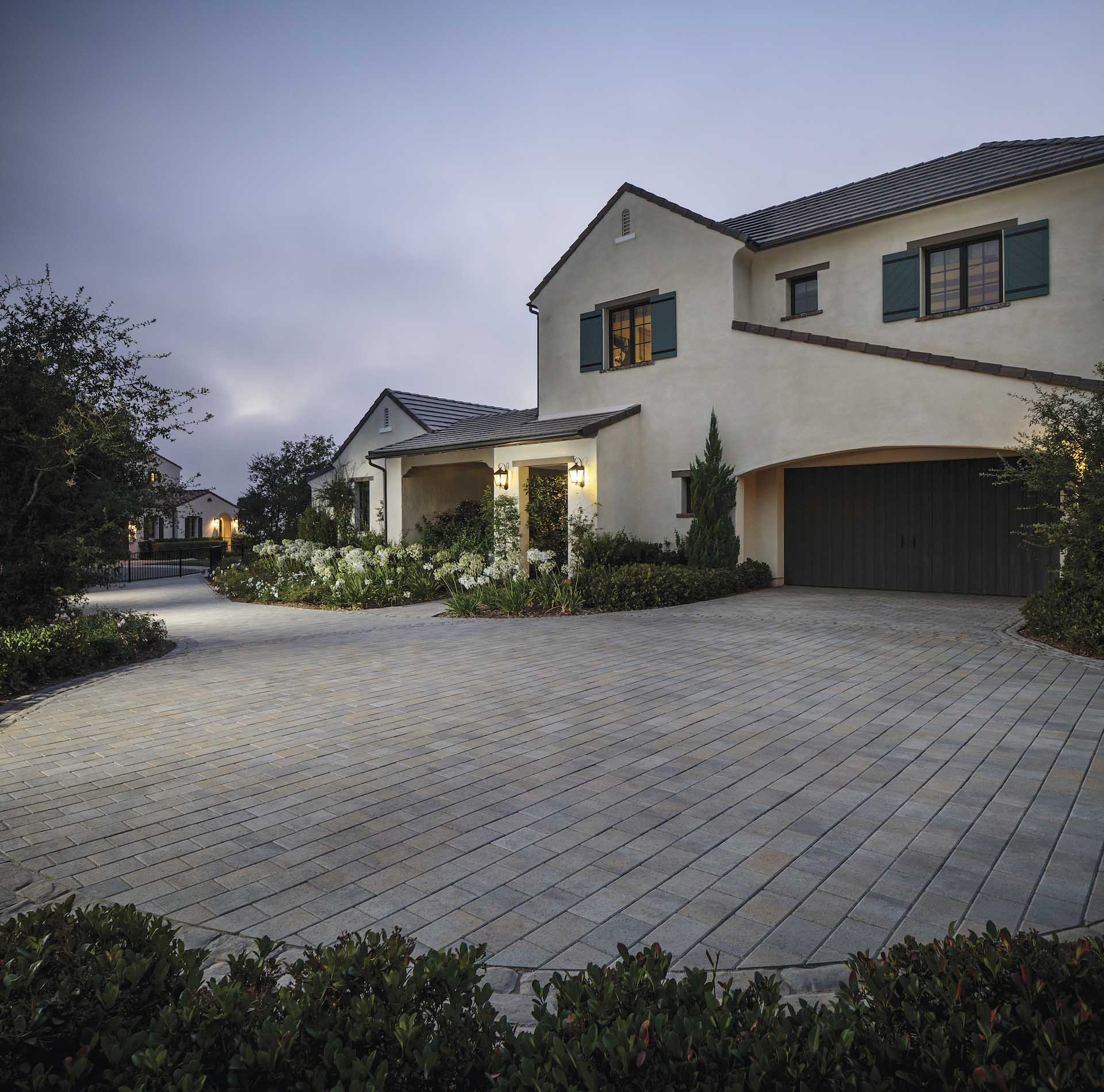 Low Maintenance Landscaping Ideas For A Stress Free 2018: Pavers San Diego, CA & Artificial Grass
