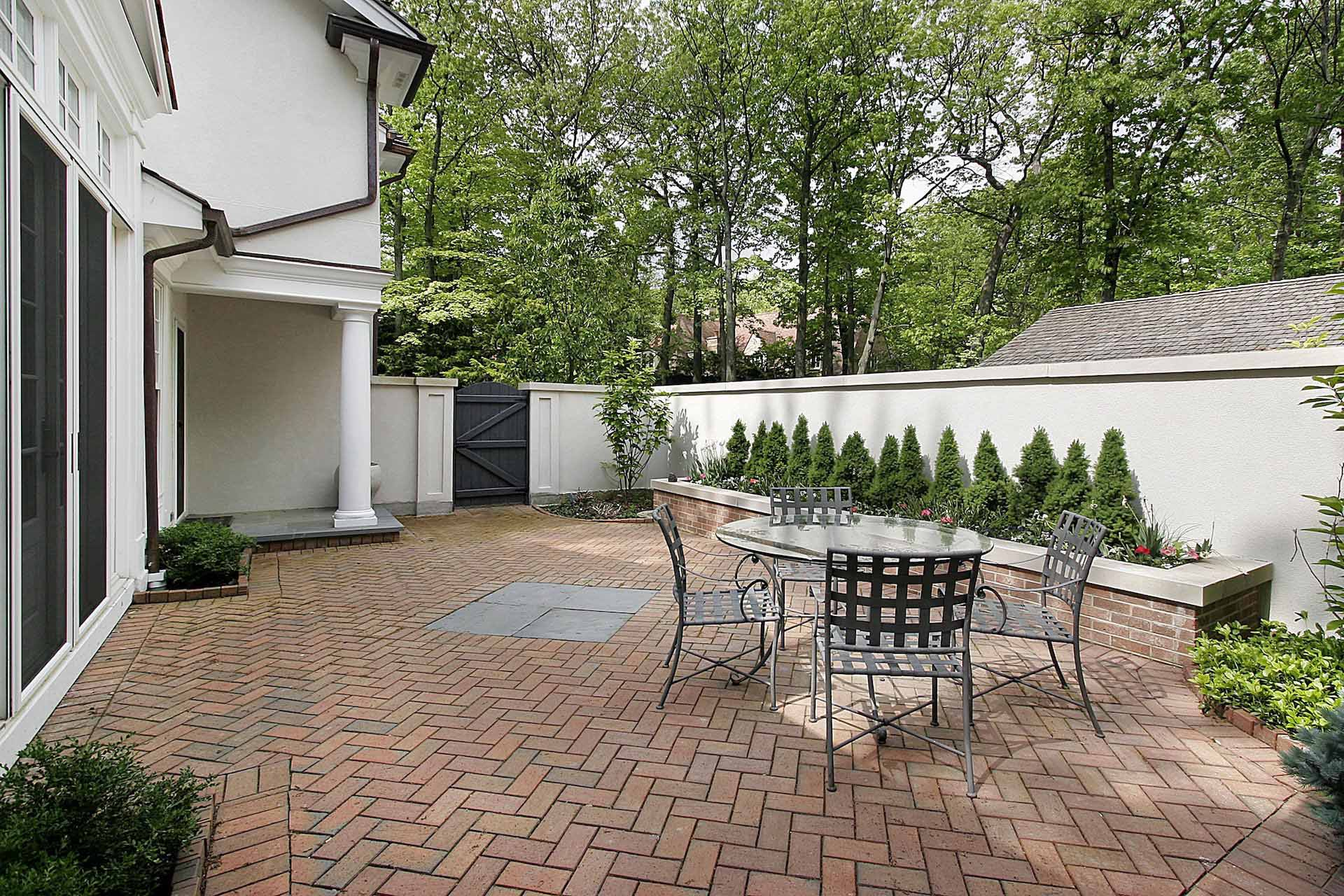Types of Hardscapes: Brick