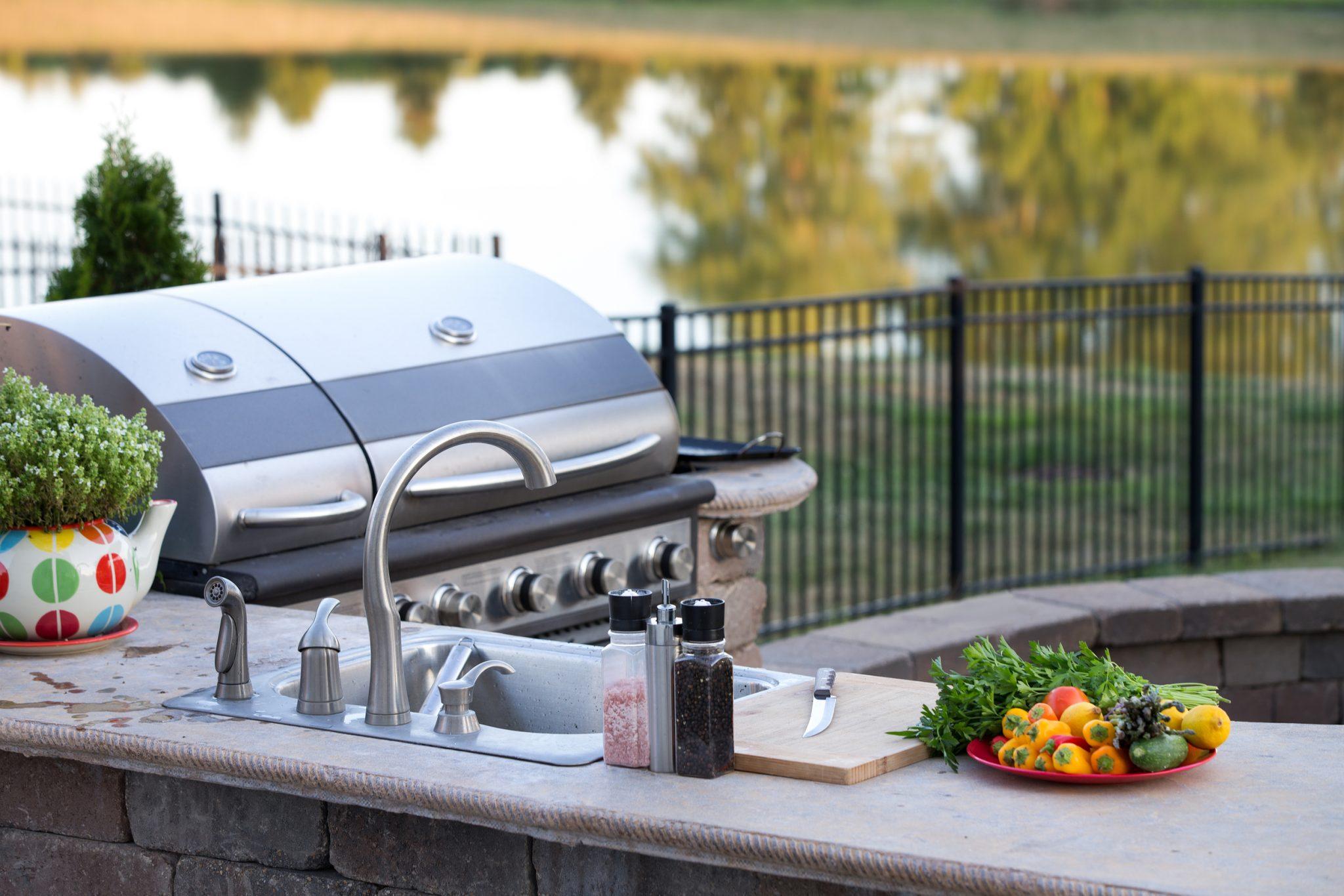 outdoor kitchen essentials