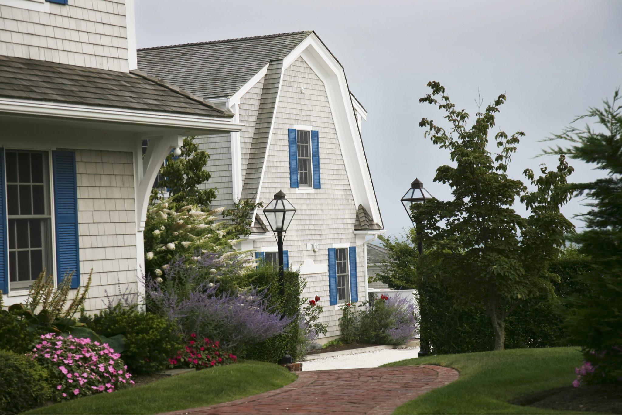 Cape Cod Style Home Driveway Designs