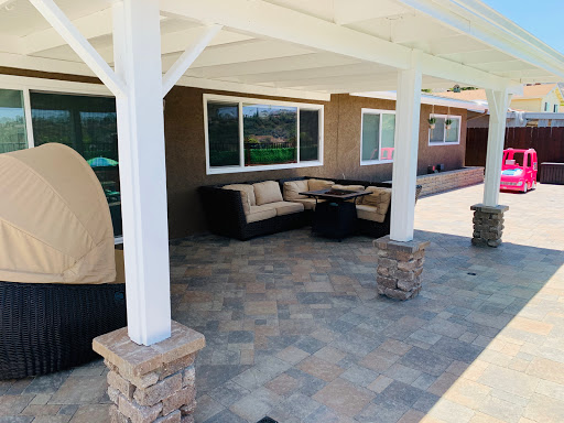 Paver patio and sitting wall installed in San Diego by Install-It-Direct