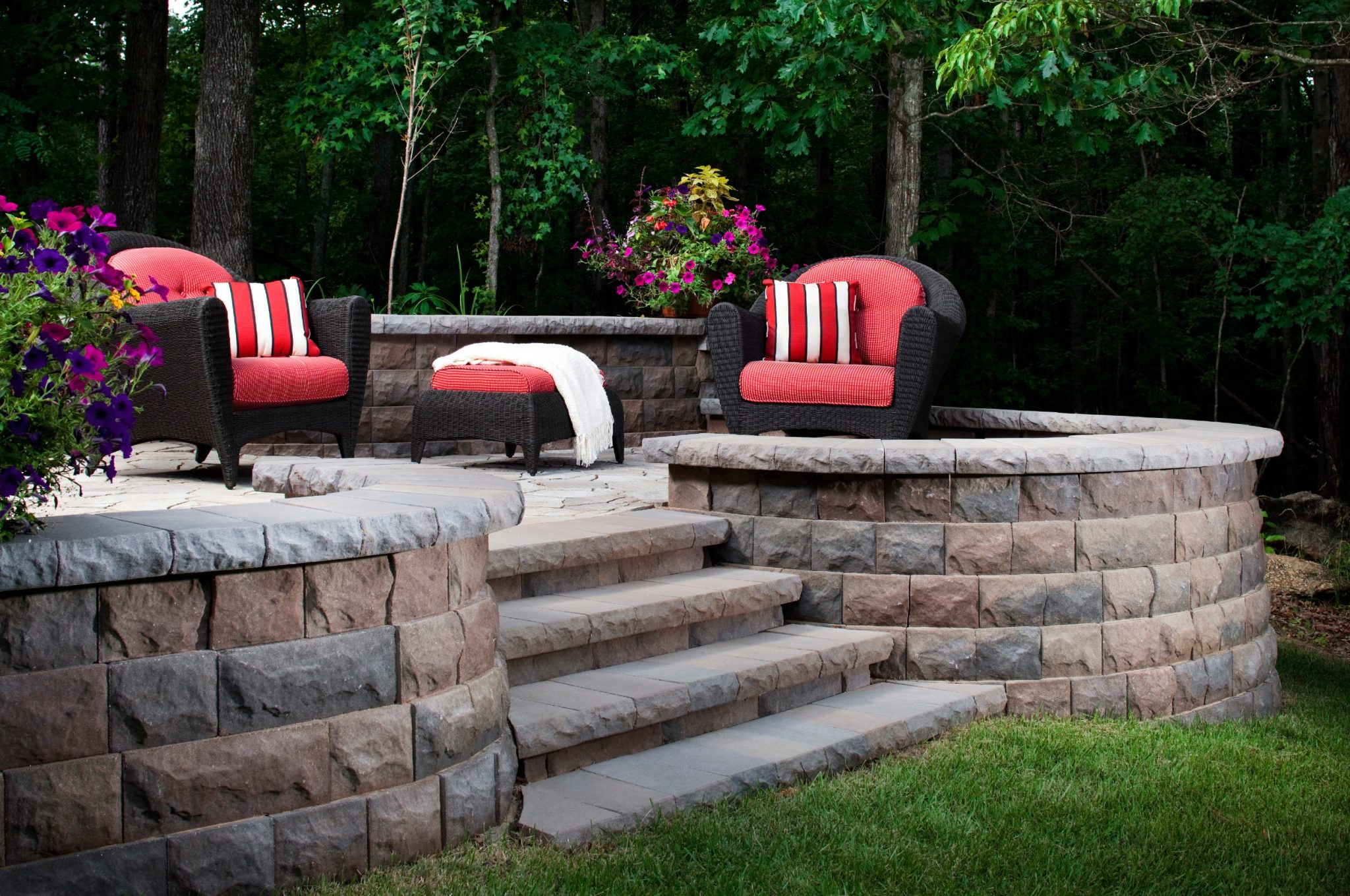 10 Retaining Wall Ideas To Upgrade Your Backyard Install It Direct