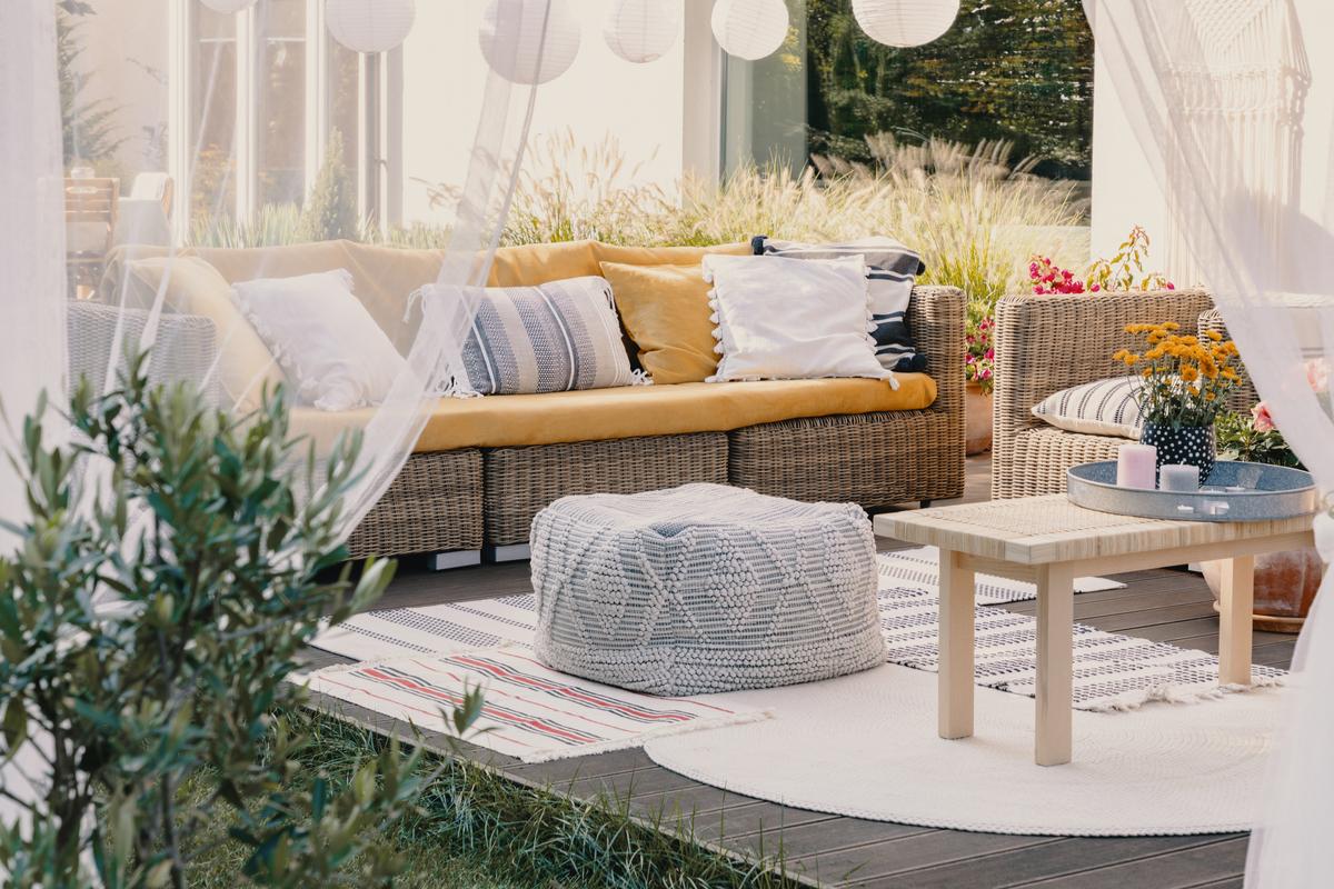 outdoor living space summer ideas