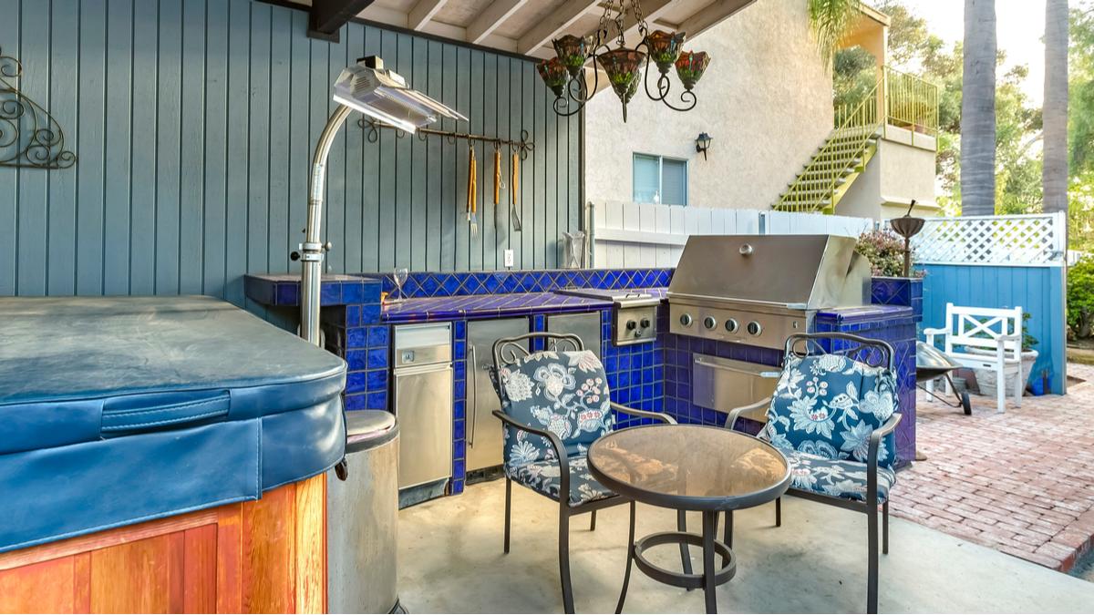 Outdoor Kitchen Countertops Ideas Tile
